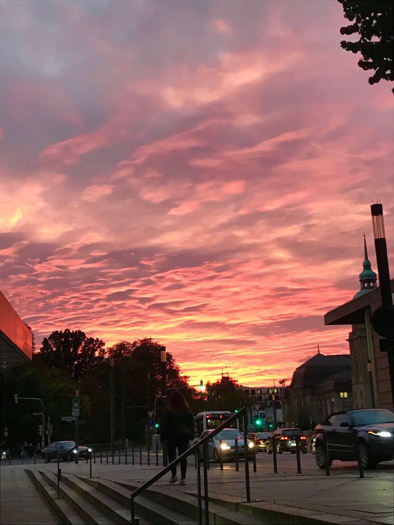 (c) gerhardposch.com // Sonnenuntergang über Darmstadt mit einem Smartphone aufgenommen